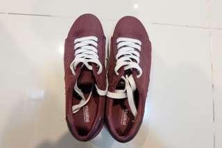 Pull& Bear Maroon Sneakers