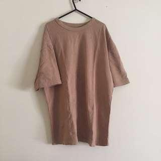 Oversized Bock Styled Brown / Tan Short Sleeved Shirt