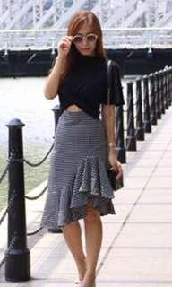 Ample couture grey checkered skirt