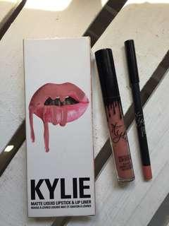 Kylie lipstick (repriced from 800 to 500)
