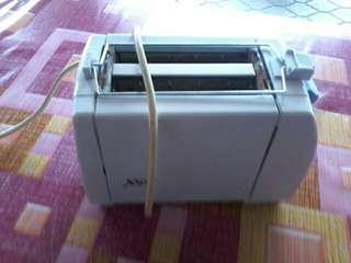 Pembakar roti toaster