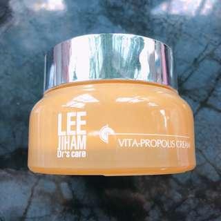Lee Gee Ham Vita propolis cream