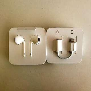Brand New Original iPhone 7/8/X Earpieces with Jack Adapter