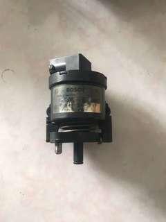 🚚 賓士原廠二手 R170 SLK230 油門控制器