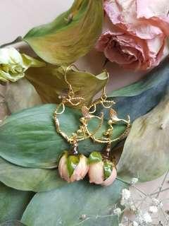 🚚 Real Preserved Rose Buds Earrings
