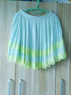 Authentic BNWT Ted Baker Pleats Skirt