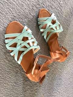 Mint sandal
