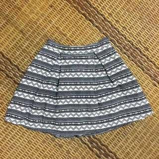 High quality Aztech stripe print skirt