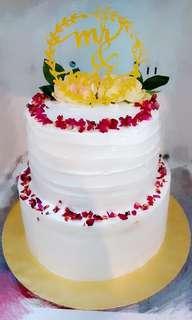 Two tiers wedding Cake
