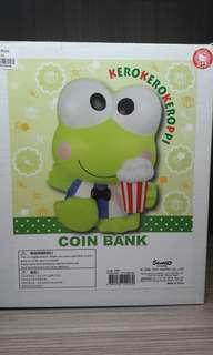 2001年全新 KP 貯金箱