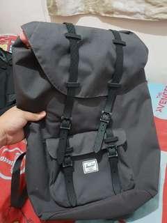 Herschel Dark Gray Large Backpack