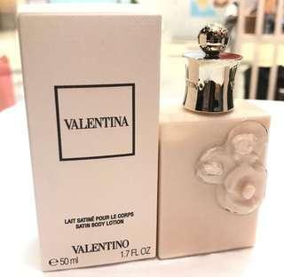 Valentino body lotion