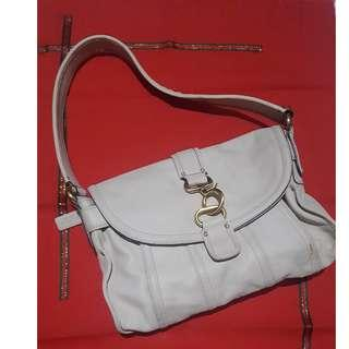 Authentic Liz Claiborne Cream Leather Broadway Hand Bag