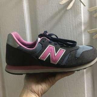 Sale!! Authentic New Balance Classic Traditionnels