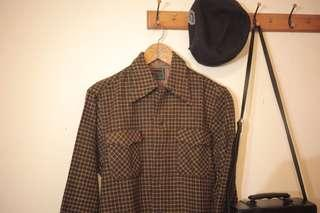 🚚 古著厚刺毛歐風咖啡格紋襯衫