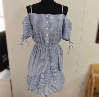 Blue and white ruffles resort cold shoulder dress