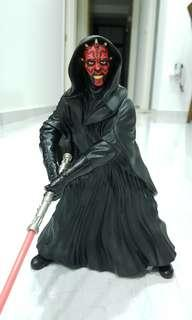 Star Wars Darth Maul (i.e 9 inch Vinyl figurine from applause)