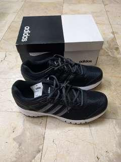🚚 全新正品adidas Durant Lite慢跑鞋US9.5/42碼