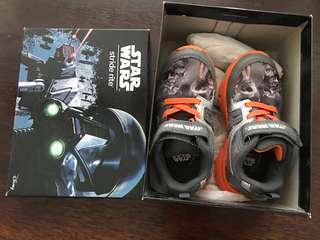 Stride rite 8.5W light up star wars shoes free