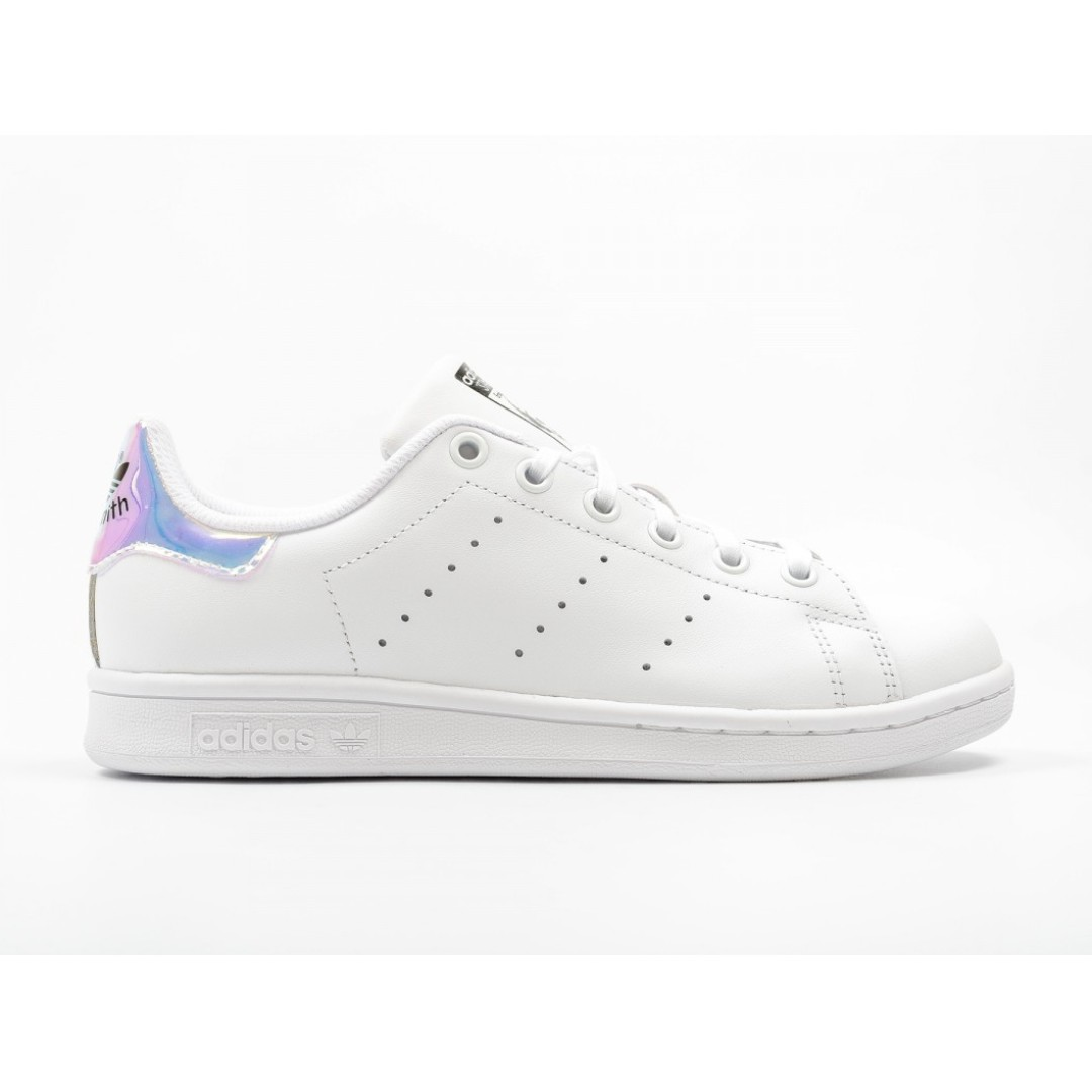 faf2d3b6d9a14 AUTHENTIC  ADIDAS STAN SMITH IRIDESCENT IN HOLOGRAPHIC IN 38 ...
