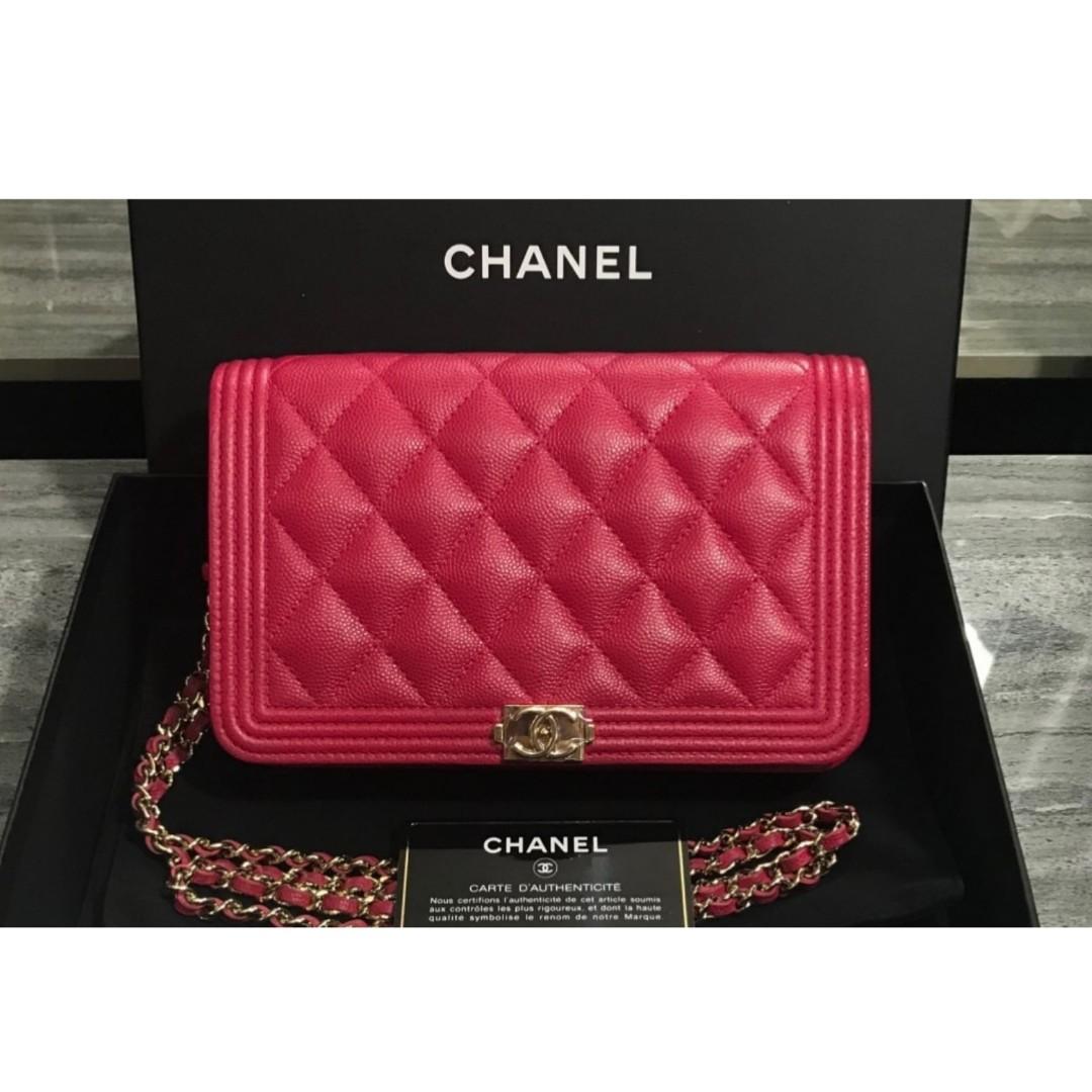 29cc082a9e97 Authentic Chanel Boy WOC, Barangan Mewah, Beg dan Dompet di Carousell