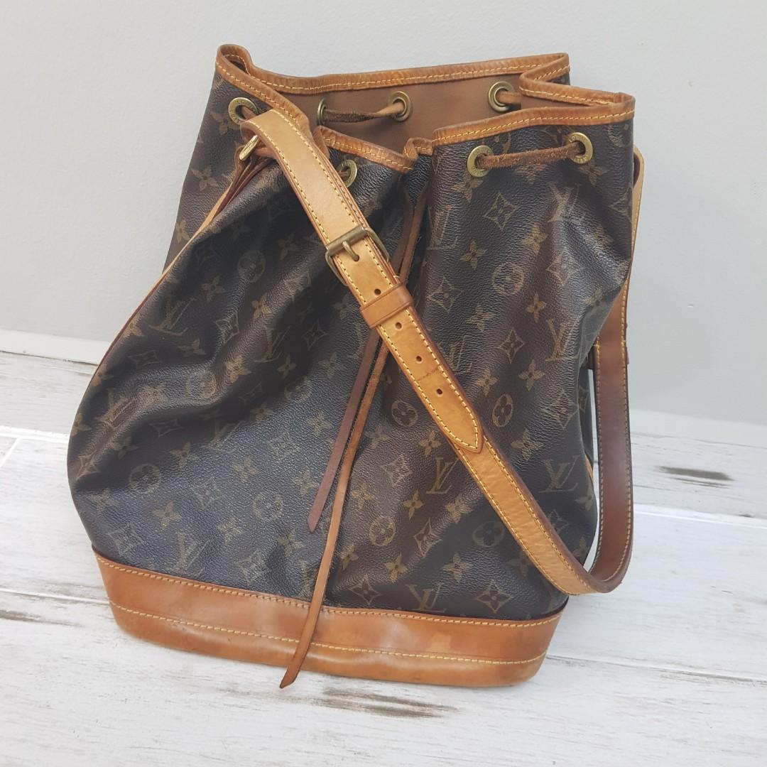 d3e0c4243e39 AUTHENTIC LV Bucket Bag classic Monogram Canvas Louis Vuitton ...