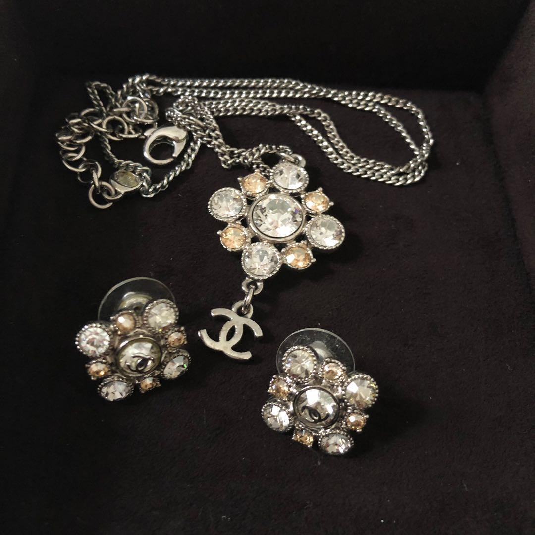 Chanel Earrings And Necklace Set Luxury Accessories Others On Carou