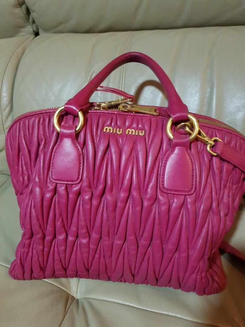 48c24b41322e Fast Deal Pre Owned Miu Miu Matelasse Leather Bauletto Top Handle ...