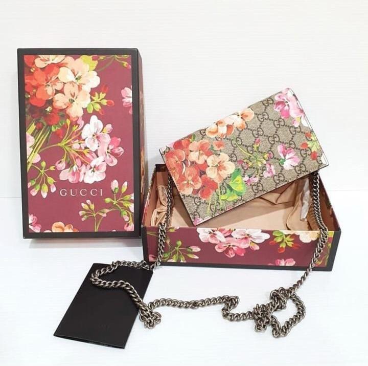 8e19de888047 Gucci GG Bloom Mini Chain Bag Dionysus, Luxury, Bags & Wallets ...