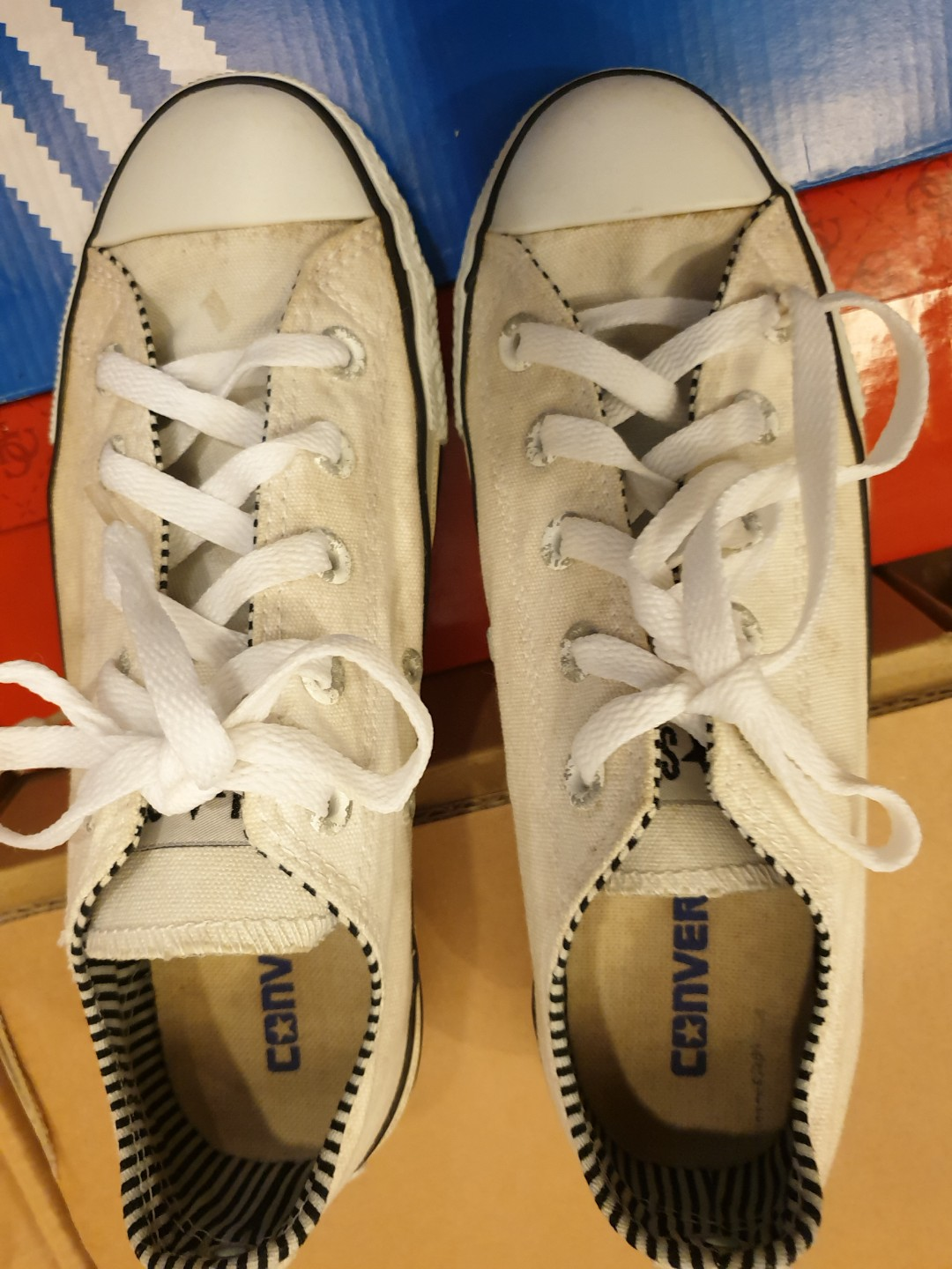 6d03c059449b Limited Edition Converse White Sneaker with black   white inner ...