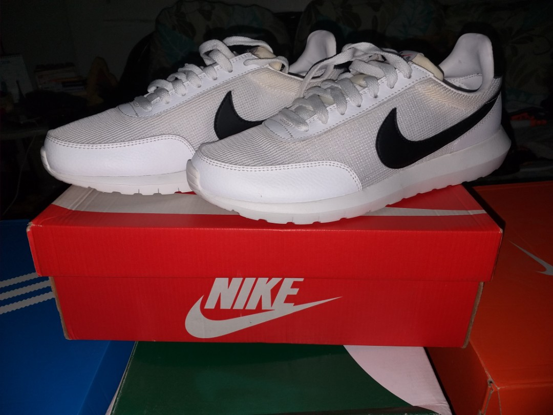 brand new a1526 a472b For Sale or Trade Nike Roshe Daybreak CarousellSneakerFest, Mens Fashion,  Footwear, Sneakers on Carousell