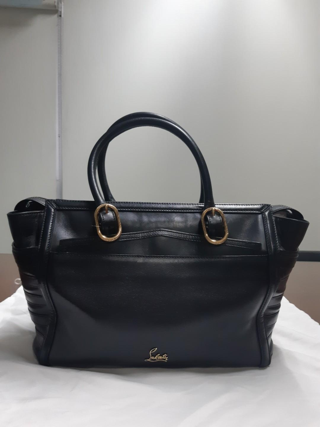 6d056968df0 Pre-loved Authentic - Christian Louboutin Bag on Carousell