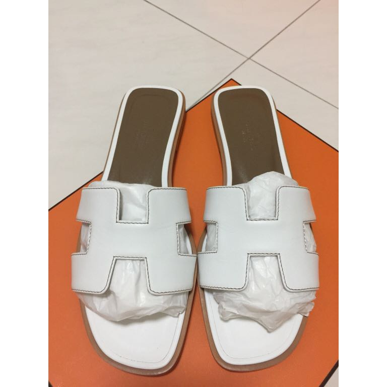 d4418bc5ff0f Reduced! Hermes Oran Sandals white Colour. Size 37 Brand new. Box ...