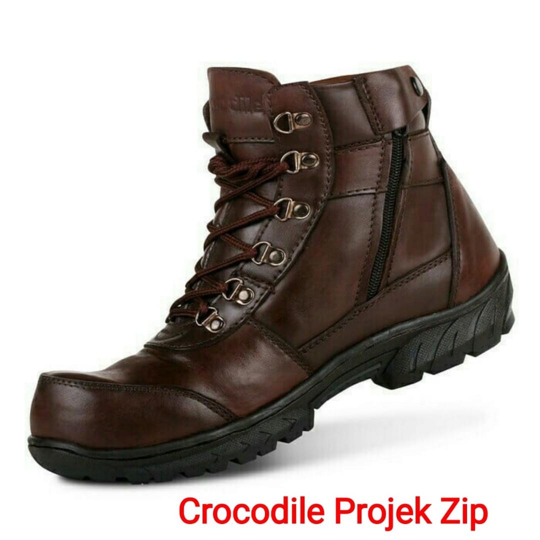 Sepatu boots pria a1f09d0326