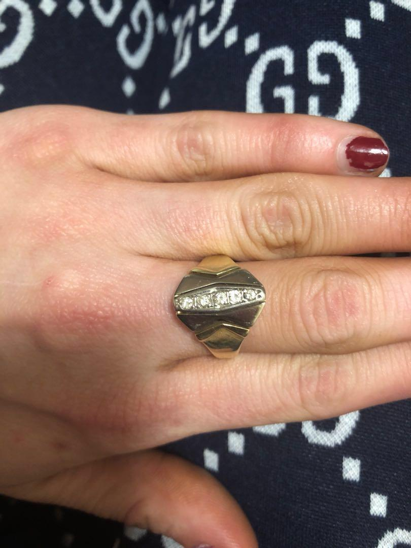 Solid gold 14ct with 5 diamonds chunky ladies / mans ring unisex