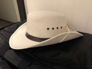 🚚 韓國製 硬挺 牛仔帽 可調帽緣