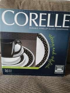 Corelle Brilliant Black Dot 16pcs