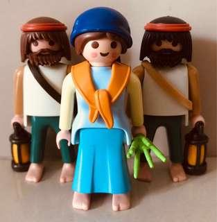Playmobil Noah's Wife seeing double