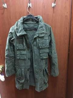 🚚 日本製軍綠外套