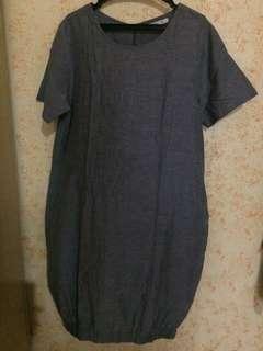Belly bump maternity dress medium