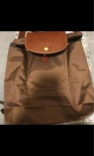 Longchamp 後背包 卡其色