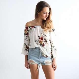 [PO] Floral Off Shoulder Top