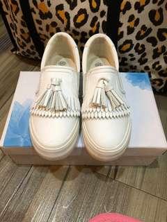 🚚 流蘇厚底小白鞋