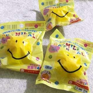 😃 smile bath ball ($30/1)