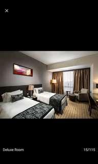 🚚 180 NETT PENINSULA EXCELSIOR HOTEL