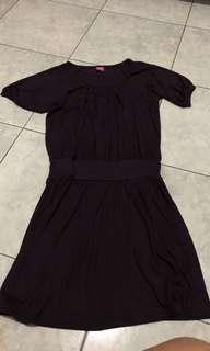 dress ungu tua