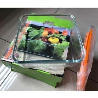 2 X Tempered Glass Bakeware with Lid (Great Bargain)