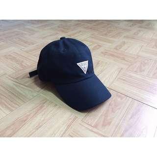 🚚 Guess 經典三角logo 老帽 休閒帽