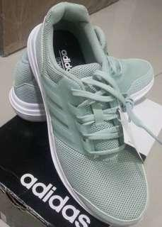 Brand new adidas sport shoes