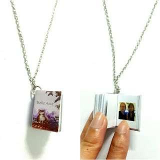 🚚 Mini photo notebook necklaces